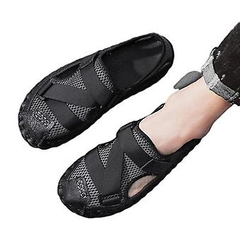 Sandals New Hollow And Breathable Men's Baotou Casual Beach Shoes