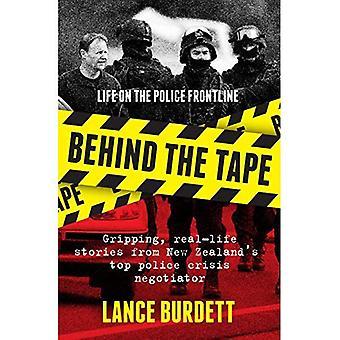 Bak båndet: livet på politiet frontlinjen