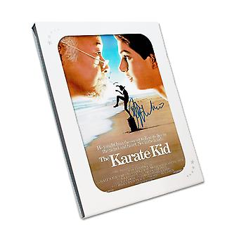 Ralph Macchio ondertekend Karate Kid Poster. In geschenkdoos