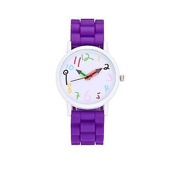 最初子供子供時計クレヨン ペイント色鉛筆紫色の時間を伝える
