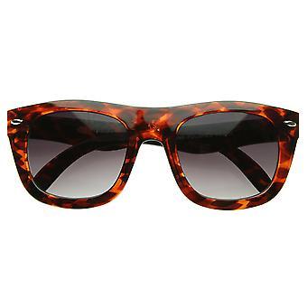 Nuevo marco Bold curvo espesor modernos Indie Emo moda cuerno con montura gafas de sol
