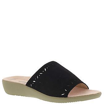 Beacon Womens Mika Fabric Open Toe Casual Slide Sandals