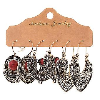 Boucles d'oreilles dégoulinant Hollow Water Drops Round Hand Woven Feather Ear Studs For Festival
