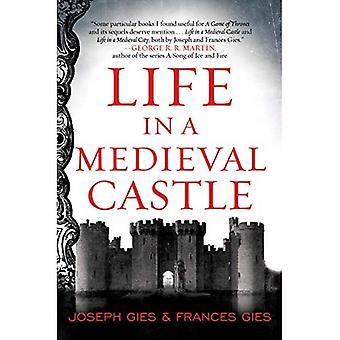 Leben in einer mittelalterlichen Burg (P.S.)