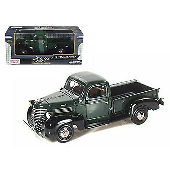 MotorMax American Classics - 1941 Plymouth Pickup Green  1:24