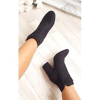 أحذية الكاحل سويدي فو مشبك ميسا المرأة إيكروش