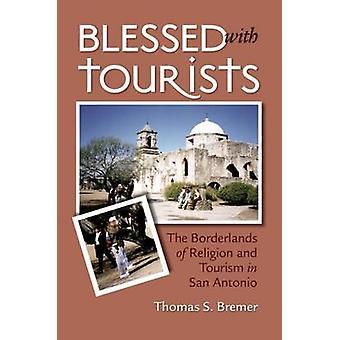 Siunattu turisteilla - Uskonnon ja matkailun rajamaat Sanissa