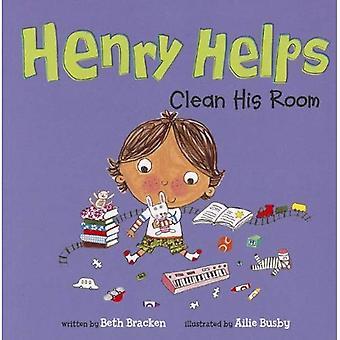 Henry aide à nettoyer sa chambre