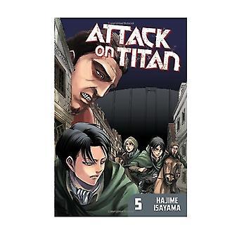 Attack on Titan 5 Paperback