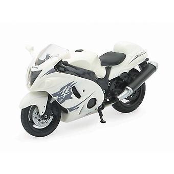 01:18 escala fundido moto - branco Suzuki GSX 1300R