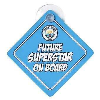 Manchester City bébé à bord de la voiture signe