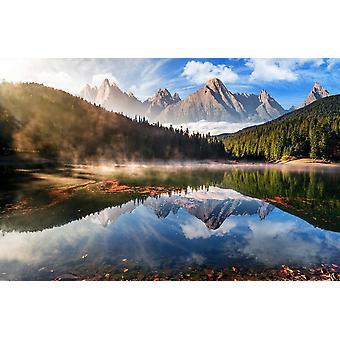 Tapetti Mural Mountain Lake syksy sumu