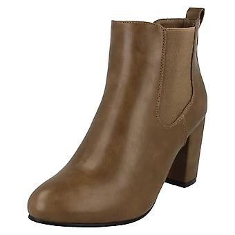 Ladies Anne Michelle Heeled Ankle Boots F50552