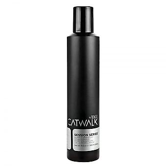 TIGI Catwalk TIGI Catwalk Session Series arbeiten Haarspray