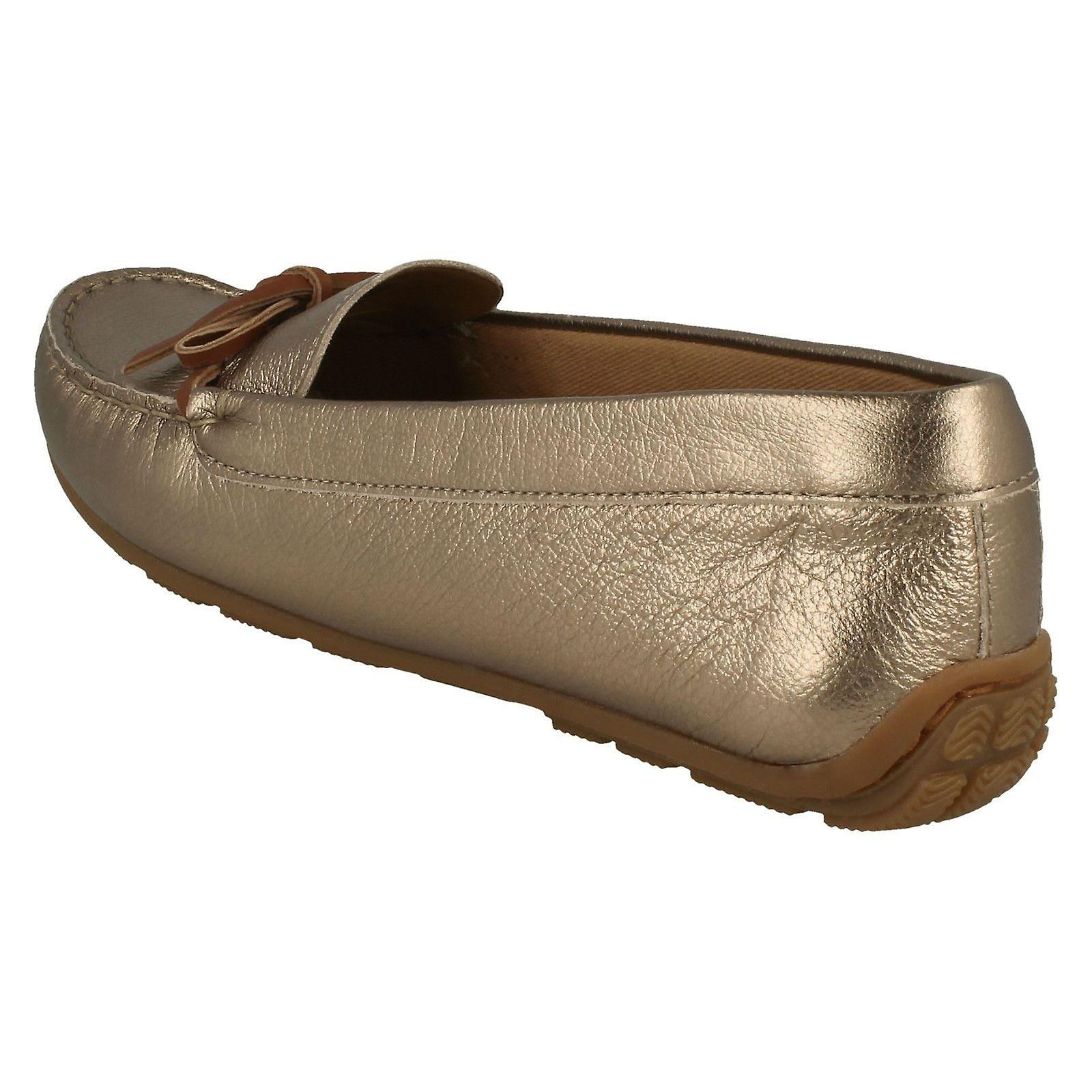 Damen Clarks Mokassin Stil Schuhe Dameo Swing