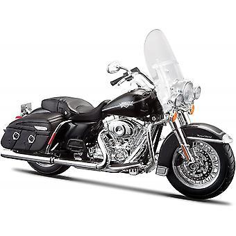 Maisto Harley Davidson 2013 FLHRC Road King Klassikko Musta 1:12