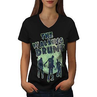 Ходьба Пьяная вечеринка женщин BlackV шеи футболку | Wellcoda