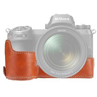 1/4 pollice Thread PU Pelle Camera Half Case Base per Nikon Z6 / Z7 (Marrone)