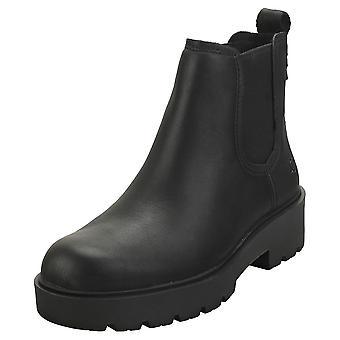 UGG ماركسستروم النساء أحذية تشيلسي في الأسود