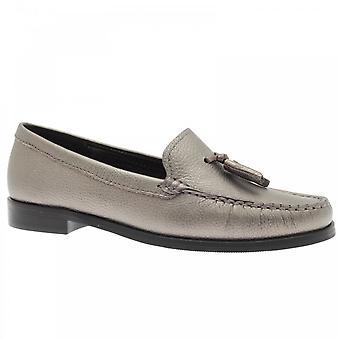 Lisa Kay Tassel Stitch Trim Detail Moccasin Shoe