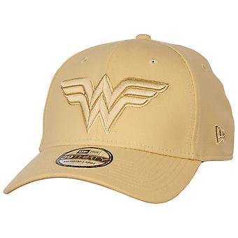 Wonder Woman 1984 Film Gold Symbol auf Gold Rüstung neue Ära 39Thirty ausgestattet Hut