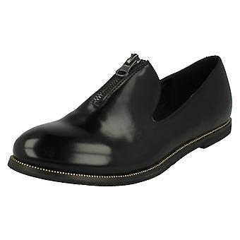 Ladies Down To Earth Loafers F80172