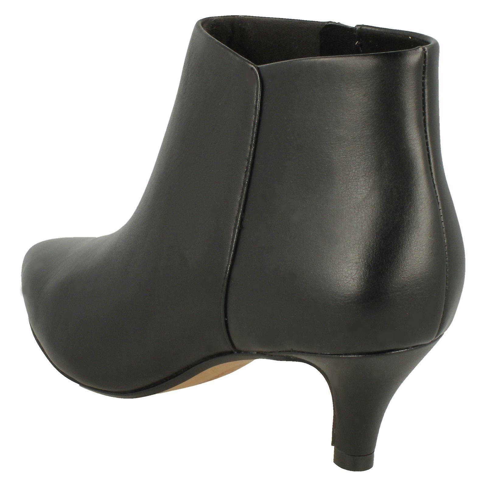 Ladies Clarks Kitten Heel Ankle Boots Linvale Sea
