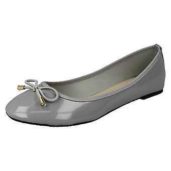 特許バレリーナの女性スポット靴 F80388 - グレー合成特許 - 英国サイズ 3 - EU サイズ 36 - US サイズ 5