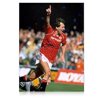 Bryan Robson signiertes Manchester United Photo: Torjubel