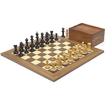 حمام الورد ومجموعة الشطرنج الجوز