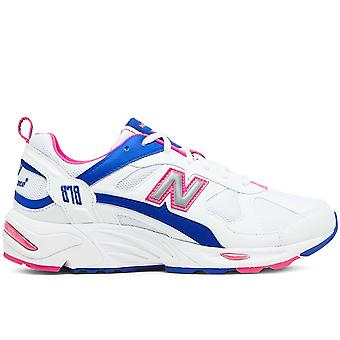 878 White/Pink Sneakers