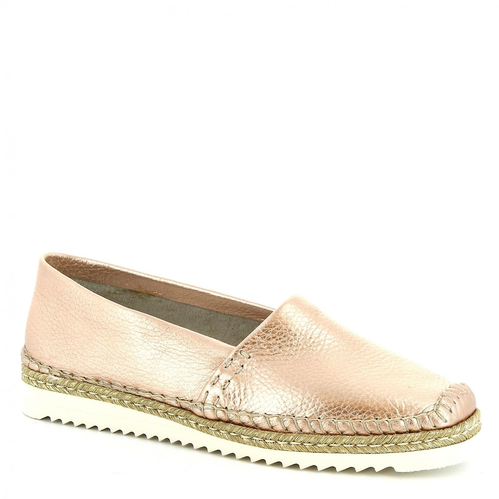 Leonardo Shoes Women's handmade slip-on loafers in pearl pink calf leather pu2Mf