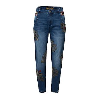 Desigual Women's Maui Embroidered Ankle Grazer Jeans