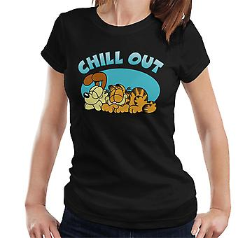 Garfield And Odie Chilling Out Women's T-Shirt