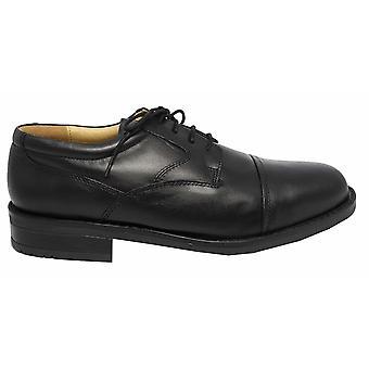 Roamingtaxorna Mens slätt läder utjämnade Gibson formella skor