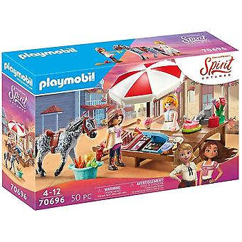 DreamWorks Spirit Untamed 70696 Miradero Süßigkeitenstand, Ab 4 Jahren
