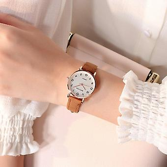 Women Simple Vintage Small Dial Leather Strap Wrist Watch