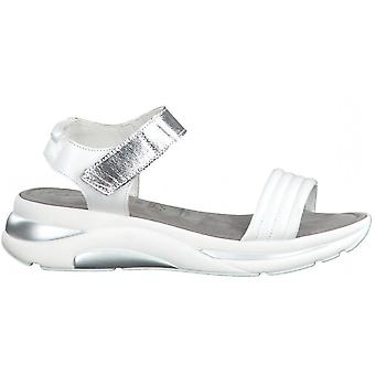 Weiße Silber flache Sandalen
