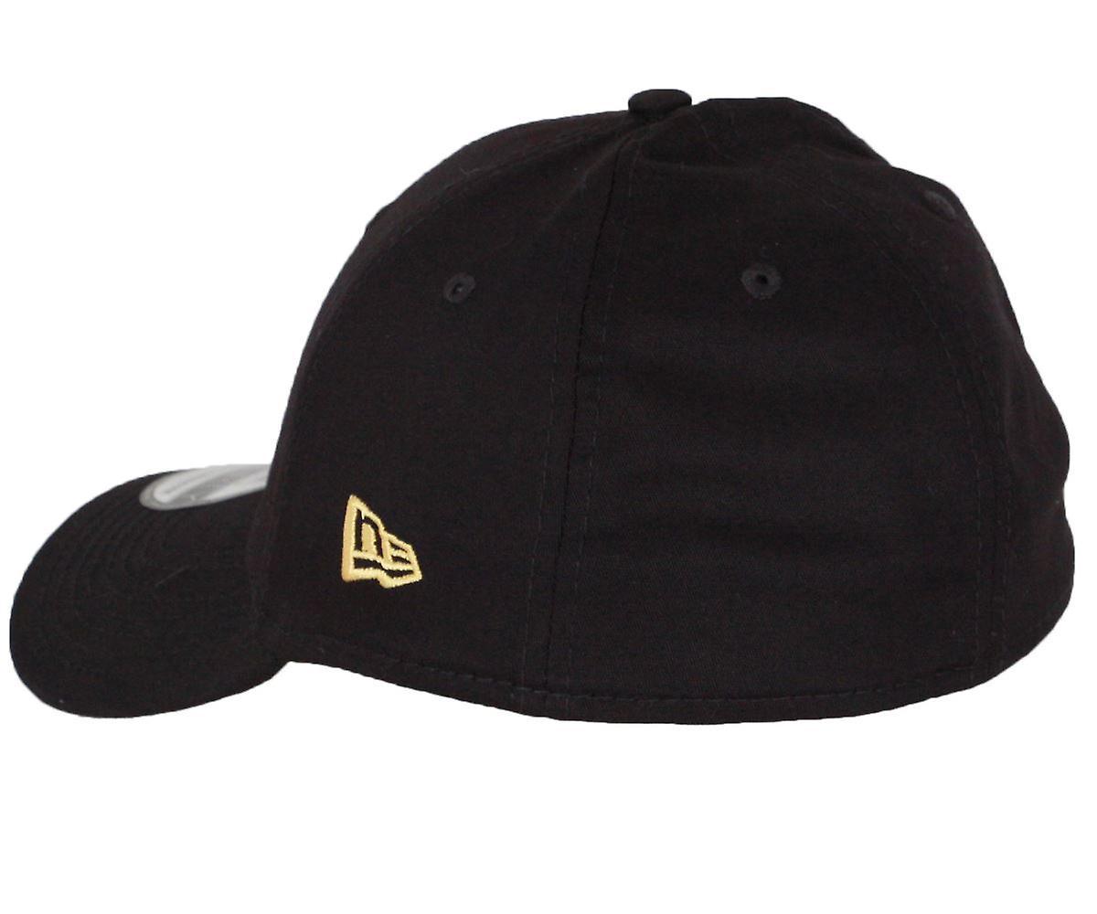 New Era League Essential 39Thirty Cap ~ New York Yankees