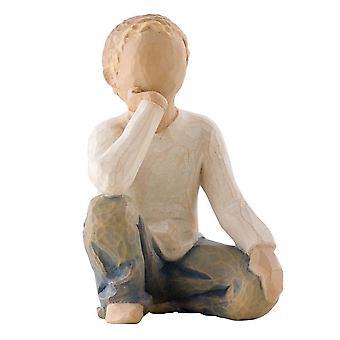 Figurine d'enfant inquisitive d'arbre de saule