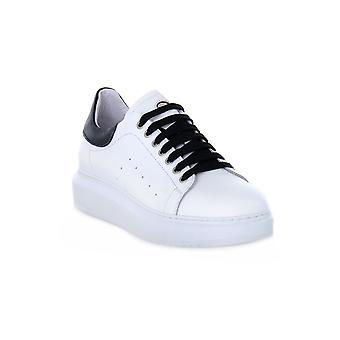 Exton White Shoes
