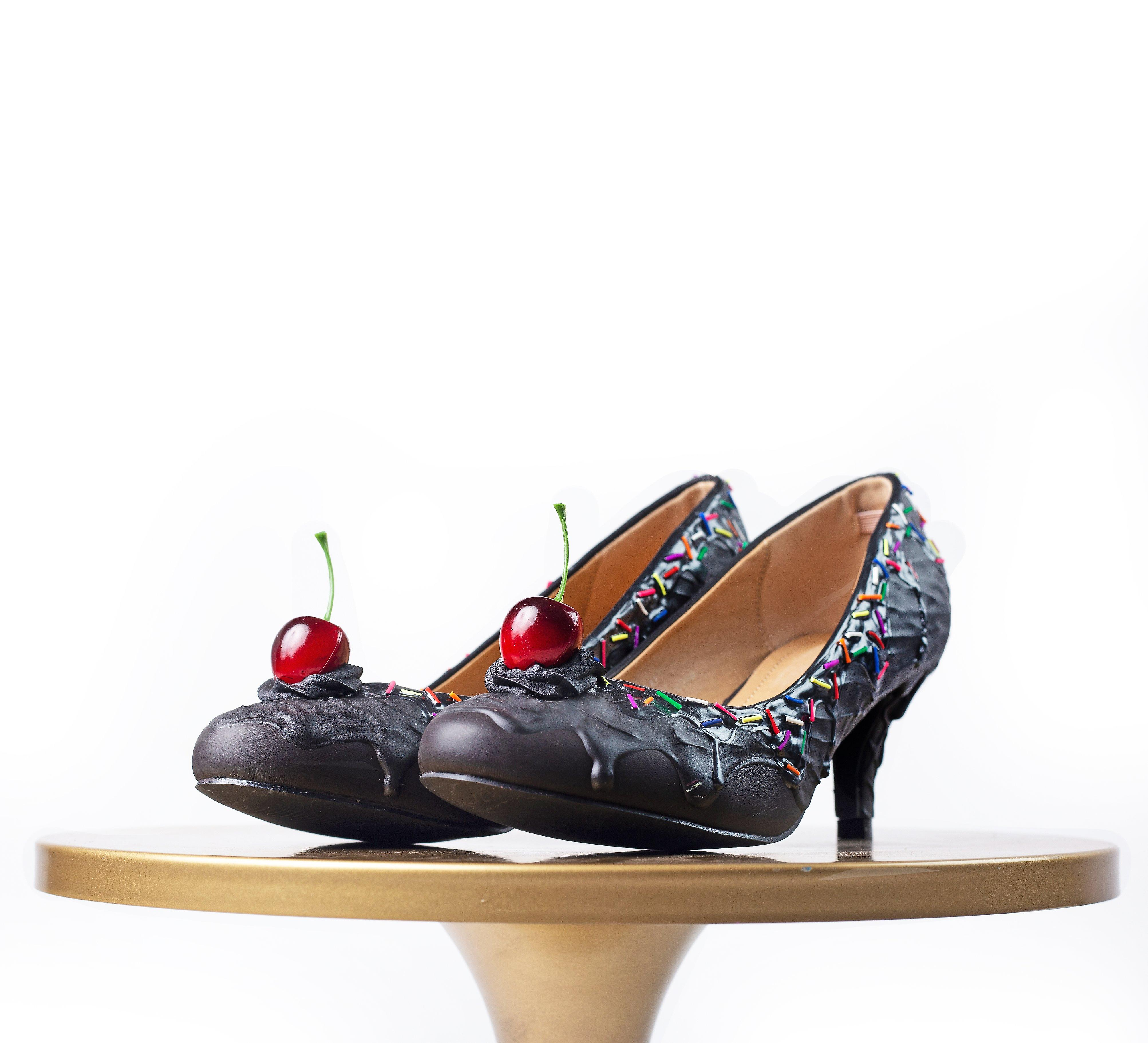 Baked and Ready Premium Charcoal Ice Cream Heel  sz 8.5 2.5
