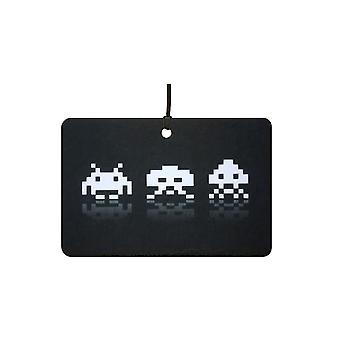 Space Invaders auton ilmanraikastustuotteiden