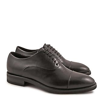 Handmade oxfords shoes for men in black calf leather