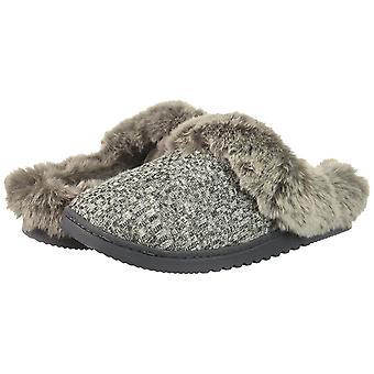 Rampage Women's Faigel Faux Fur Lined Cushioned Slipper