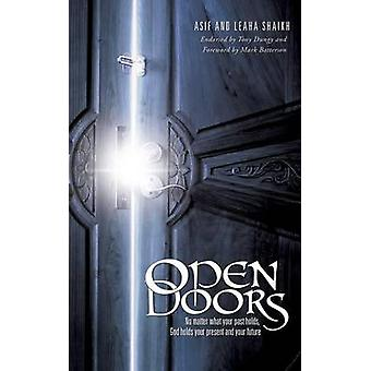 Open deuren door Shaikh & Asif
