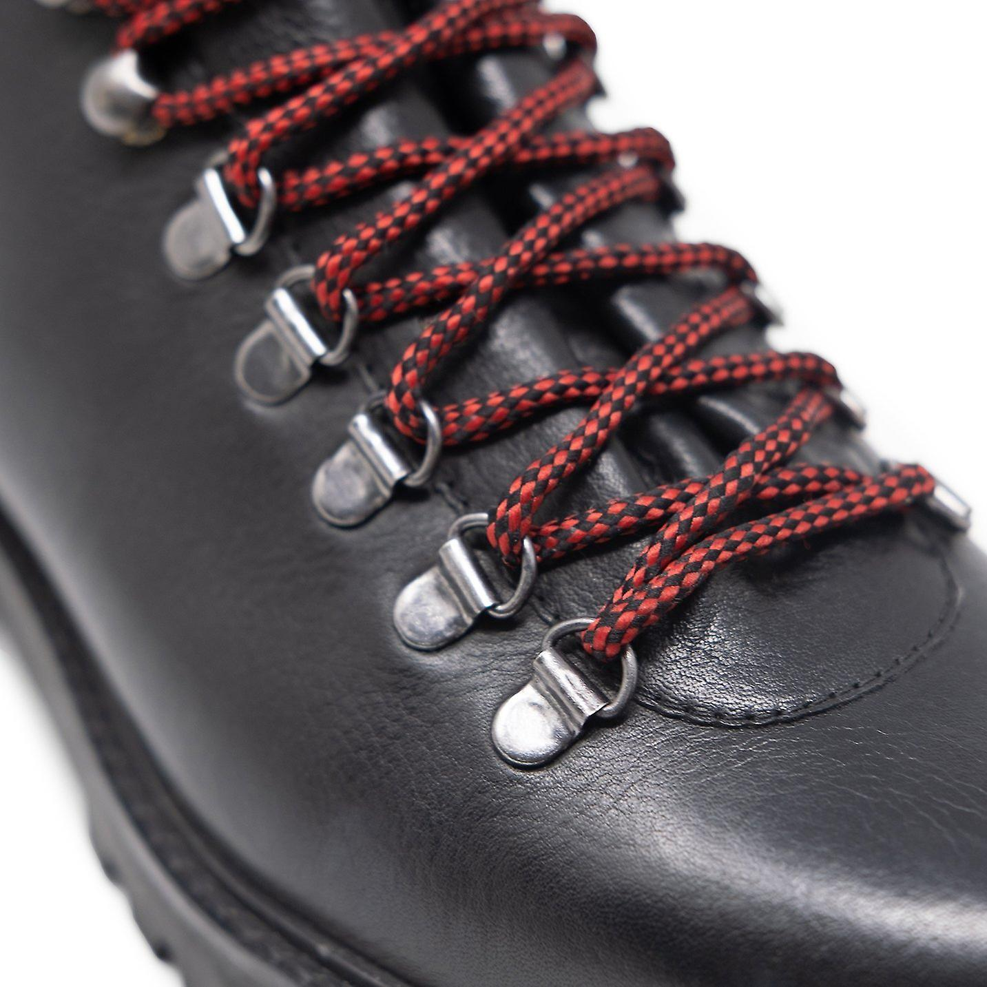 Walk london sean low hiking boots in black leather