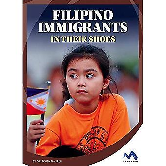 Filipino Immigrants: In Their Shoes (Immigrant Experiences)