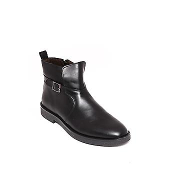 Buckled black leather boots | wessi