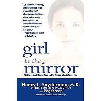 Dziewczynka w lustro: matki i córki w latach młodości